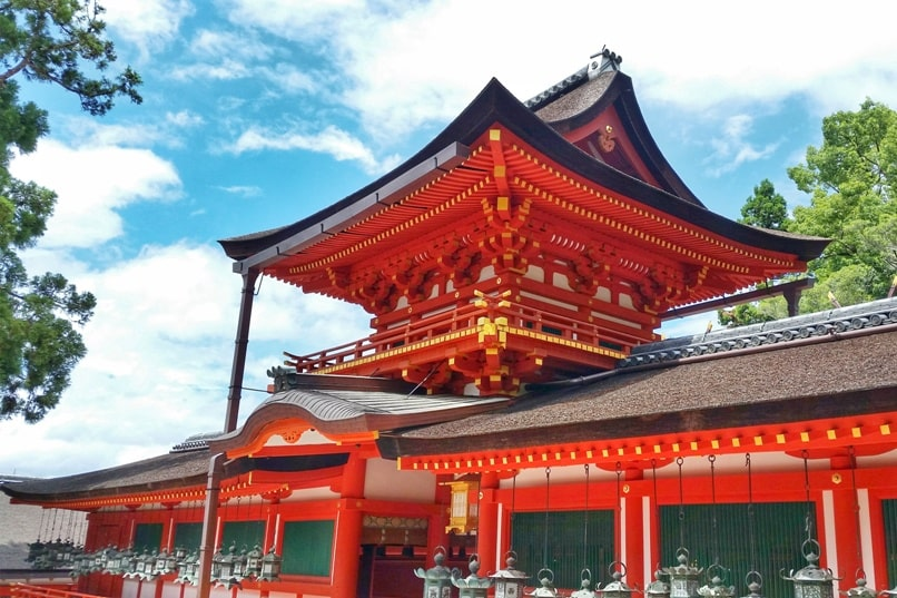 Places to visit in Nara in one day itinerary: Kasuga taisha shrine. UNESCO world heritage site. Backpacking Japan