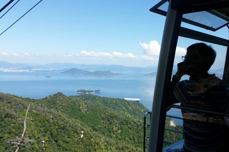 Things to do on Miyajima Island in one day itinerary: Mount Misen ropeway. Backpacking Japan.