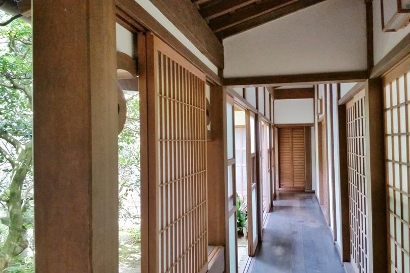 Best UNESCO world heritage sites to visit in Kyoto. Ryoanji Temple. Backpacking Japan