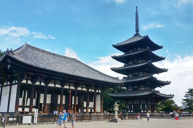 Tokyo to Nara train with JR pass. Best places to visit in Nara: Kofukuji temple pagoda. Backpacking Japan.