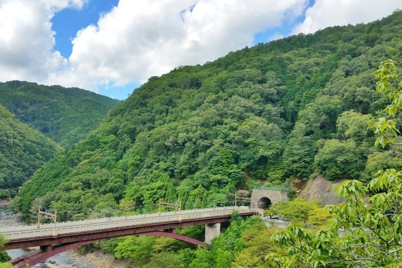 Hozukyo JR station bridge above Hozugawa river. One day in Arashiyama and Sagano. Backpacking Kyoto Japan