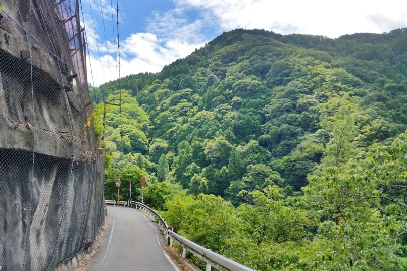 Hozukyo torokko station. Walk from Hozukyo JR station to torokko station on sagano scenic railway. One day in Arashiyama and Sagano. Backpacking Kyoto Japan