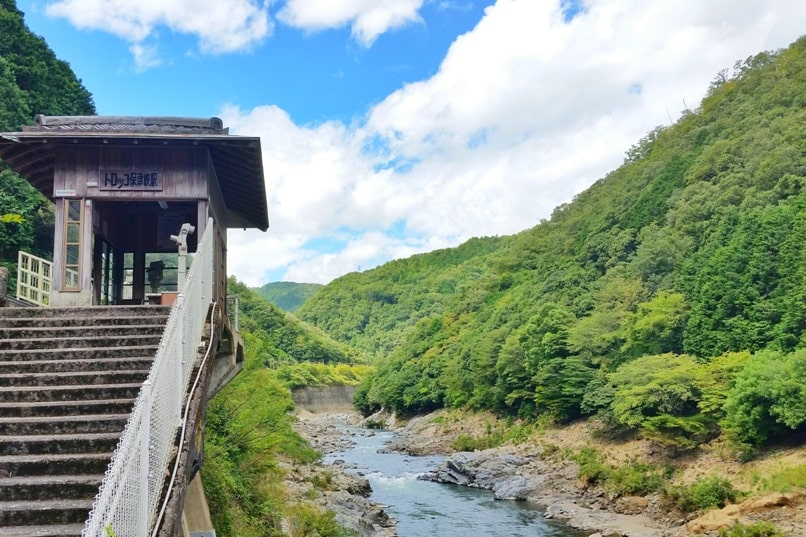 Hozukyo torokko station on hozugawa river. One day in Arashiyama and Sagano. Backpacking Kyoto Japan