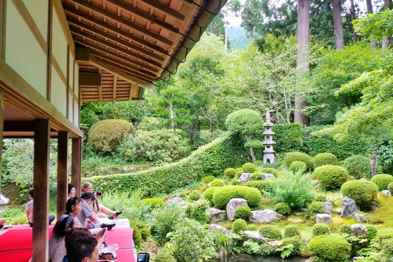 Kurama Kibune Ohara: Kyoto day trip with one day pass. Best things to do - Sanzen-in temple in Ohara. Backpacking Kyoto Japan