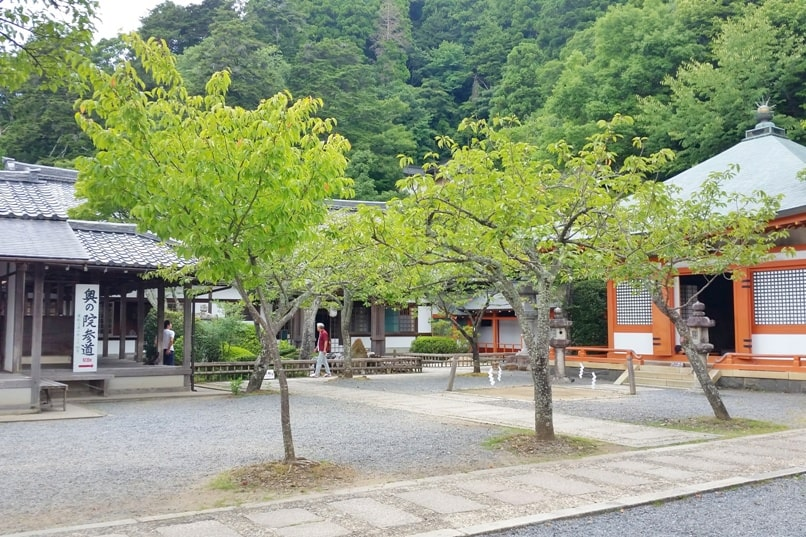Kurama to Kibune hike, Kyoto: Kurama-dera Temple grounds. Backpacking Japan