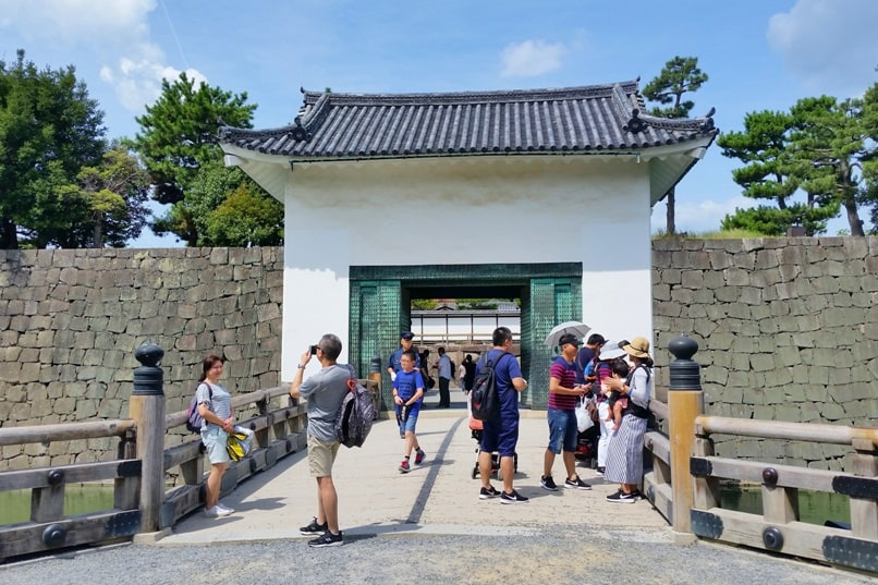 Visit to Nijo Castle. Bridge to palace and Japanese gardens. Backpacking Kyoto Japan