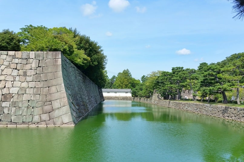 Visit to Nijo Castle. moat. Backpacking Kyoto Japan
