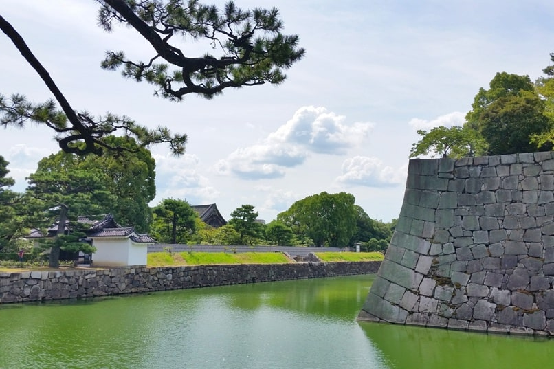 Nijo Castle Teahouse, Kyoto. Moat near teahouse. Backpacking Kyoto Japan