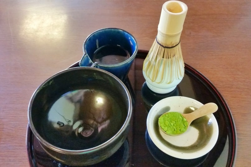 Nijo Castle Teahouse, Kyoto. Making matcha with matcha powder. Backpacking Kyoto Japan
