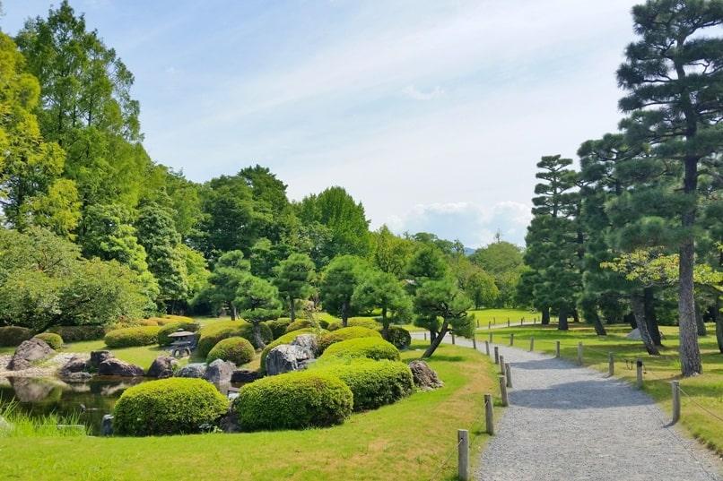 Nijo Castle Teahouse, Kyoto. Walking path near teahouse. Backpacking Kyoto Japan