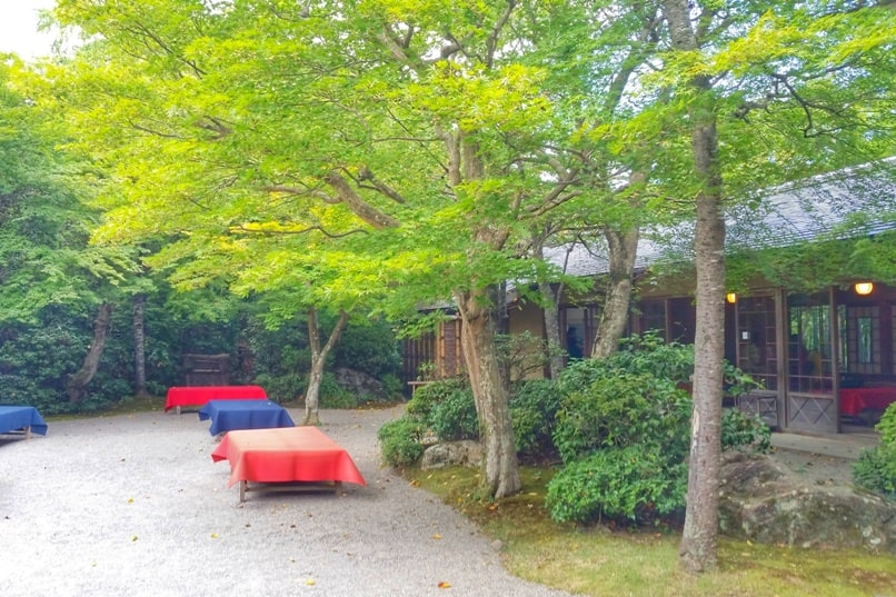 Okochi sanso villa garden teahouse visit. One day in Arashiyama and Sagano. Backpacking Kyoto Japan