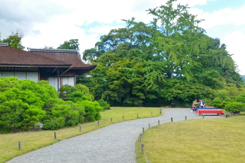 Okochi sanso villa gardens walking nature trail rest area. One day in Arashiyama Sagano. Backpacking Kyoto Japan
