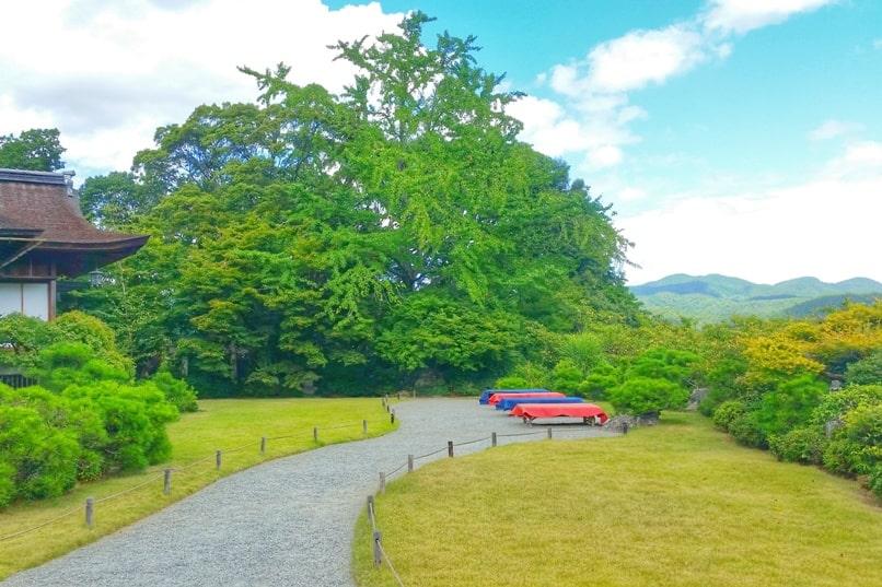 Okochi sanso villa gardens walking nature trail rest area with mountain views. One day in Arashiyama Sagano. Backpacking Kyoto Japan