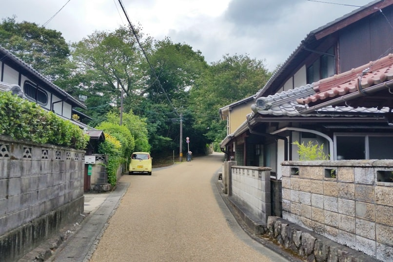 Sanzen-in Temple, Ohara village, Kyoto. Village street on walk from Ohara bus station to sanzenin temple. Backpacking Japan