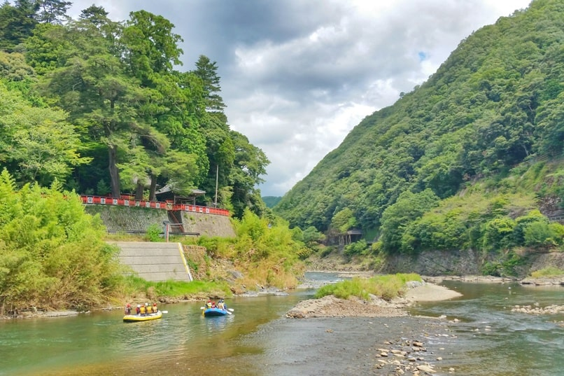 Hozugawa river rafting tour in Arashiyama Kyoto - starting time! Backpacking Kyoto Japan