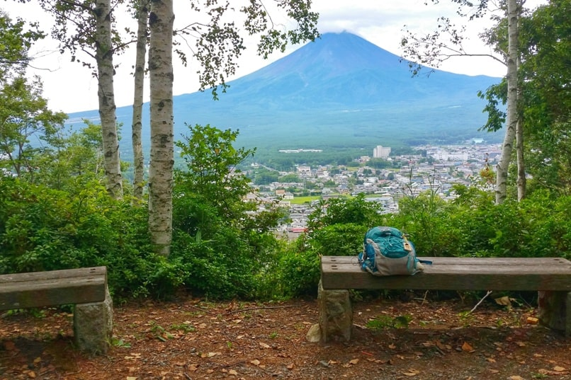 Mount Tenjo hike with Mt Fuji views. Kawaguchiko, Fuji Five Lakes. Best hiking trails in Japan. Backpacking Japan