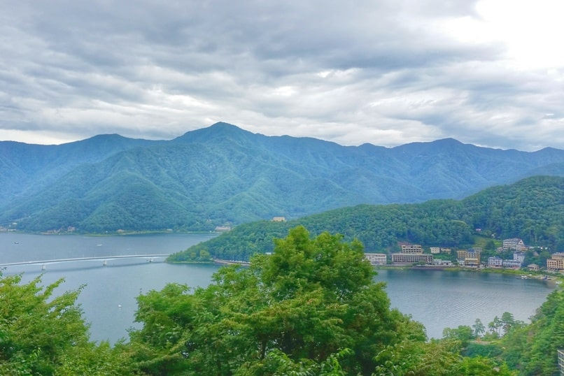Mount Tenjo hike with views of Lake Kawaguchiko, Fuji Five Lakes. Best hiking trails in Japan. Backpacking Japan