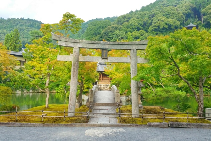 Philosopher's path walk - Eikando Temple visit - shrine and bridge. Backpacking Kyoto Japan