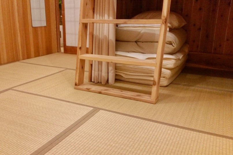 Small town hostel Hakodate with dorm beds on tatami. Where to stay in Hakodate, places. Budget hotels accommodation. Backpacking Hokkaido Japan