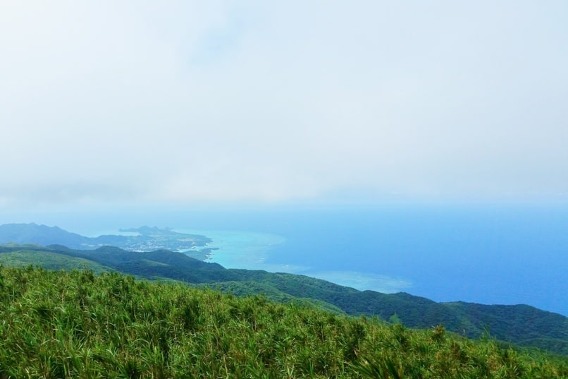 Backpacking Ishigaki Okinawa travel guide: Hiking Ishigaki - mount omoto hike trail summit. Japan