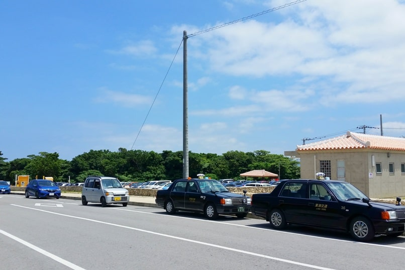 Kabira Bay taxi, parking lot. Backpacking Ishigaki Okinawa Japan