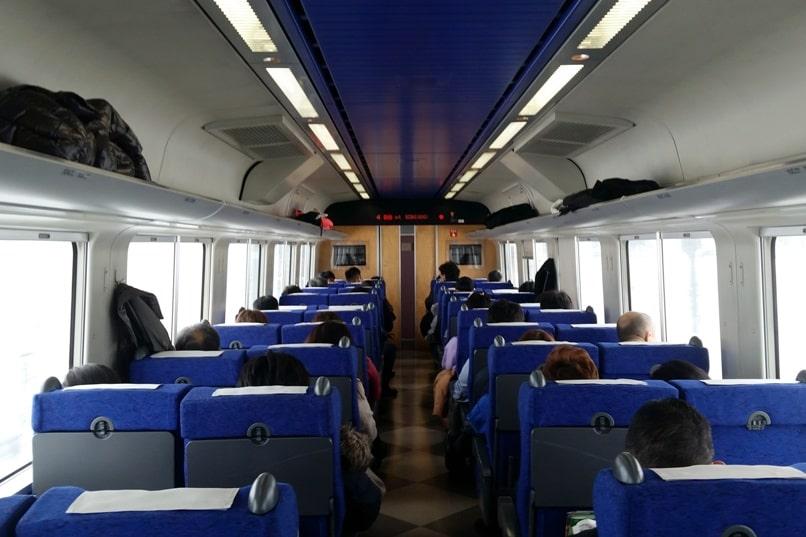 Sapporo to Asahikawa train seating - reserved or nonreserved. Backpacking Hokkaido Japan