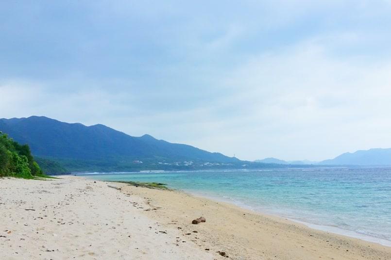 Yonehara Beach bus for snorkeling spots in Ishigaki Okinawa, Yaeyama islands. Backpacking Okinawa Japan