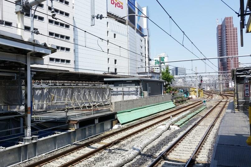 Tokyo to Chureito Pagoda. Shinjuku train station Tokyo JR Azusa limited express train to Matsumoto. Backpacking Tokyo Japan