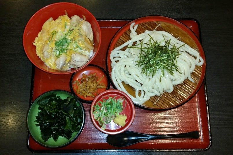 Cooking class in Japan. What Japanese food to learn how to make. udon. Backpacking Japan travel blog