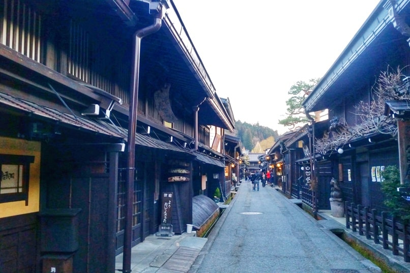 10 days in Japan winter itinerary. Best places to visit in Japan in winter. Takayama. Backpacking Japan winter travel blog
