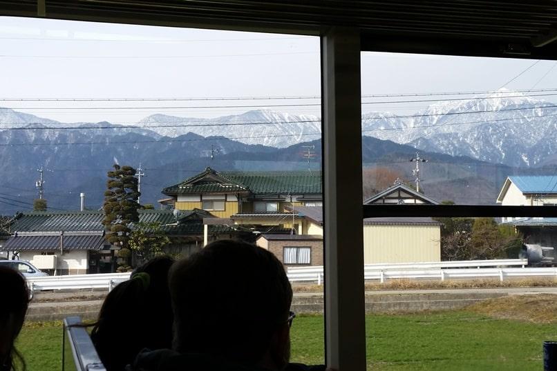 10 days in Japan winter itinerary. Getting around Japan in winter. Hakuba to Takayama. Backpacking Japan winter travel blog
