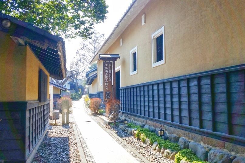 Obuse in Nagano. museum. town street walk. Backpacking Japan travel blog