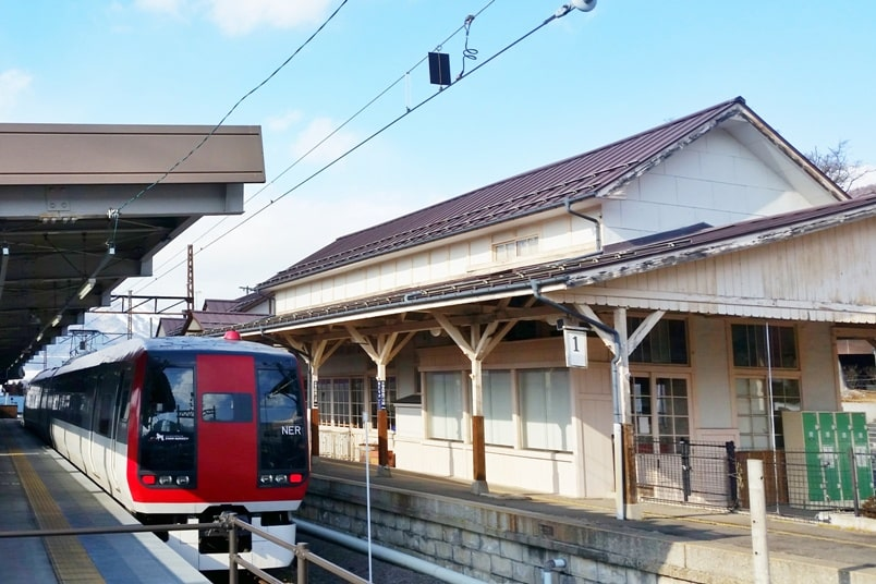 Train from Yudanaka Station to Nagano. 2 day Nagano winter itinerary with snow monkey pass. Backpacking Japan travel blog